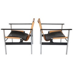 Pair of Charles Pollock Lounge Chairs for Knoll