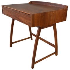 Brown-Saltman Mid-Century Modern Small Walnut Desk