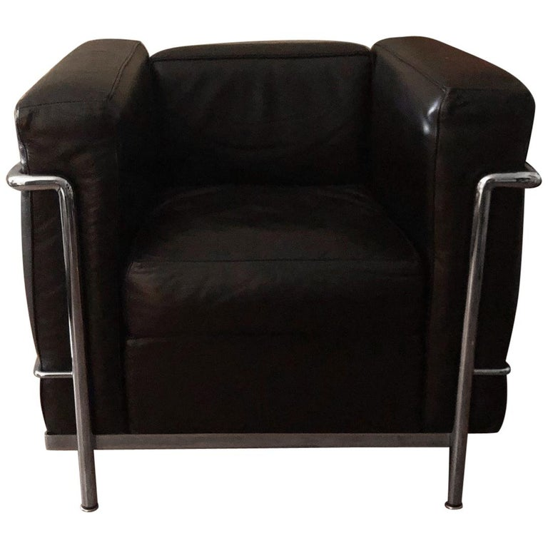 Le Corbusier LC2 Black Leather Lounge Chairs by Cassina
