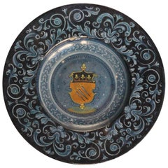 Faenza Maiolica Tondino with Coat of Arms of Spada Family, circa 1535