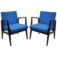 Jens Risom Rosewood Mid-Century Modern Blue Fabric Lounge Chairs Armchairs, Pair