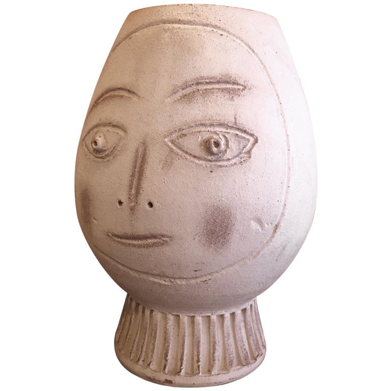 Figural Pottery Vase in the Style of Pablo Picasso For Sale
