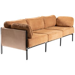 Contemporary Brazilian Sofa in Steel and Leather, ´Sonia´ by Samuel Lamas