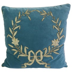 Silver Laurel Leaf Wreath Velvet Pillow