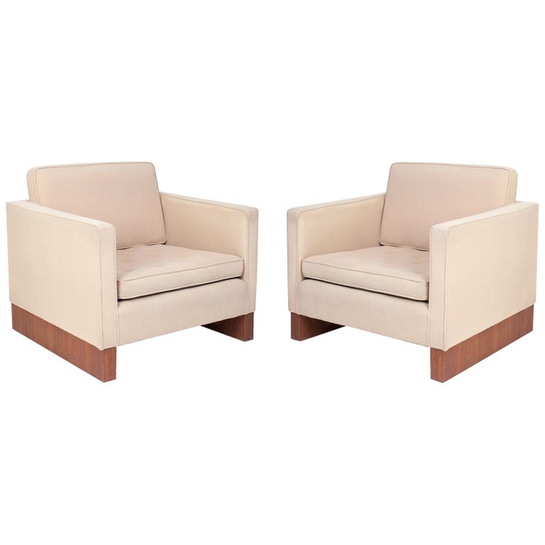 Ludwig Mies Van der Rohe Knoll Lounge Chairs