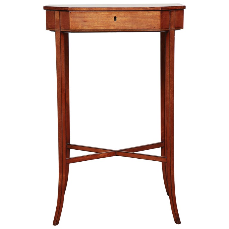 Mid-19th Century English, Sheraton Style, Satinwood Occasional Table