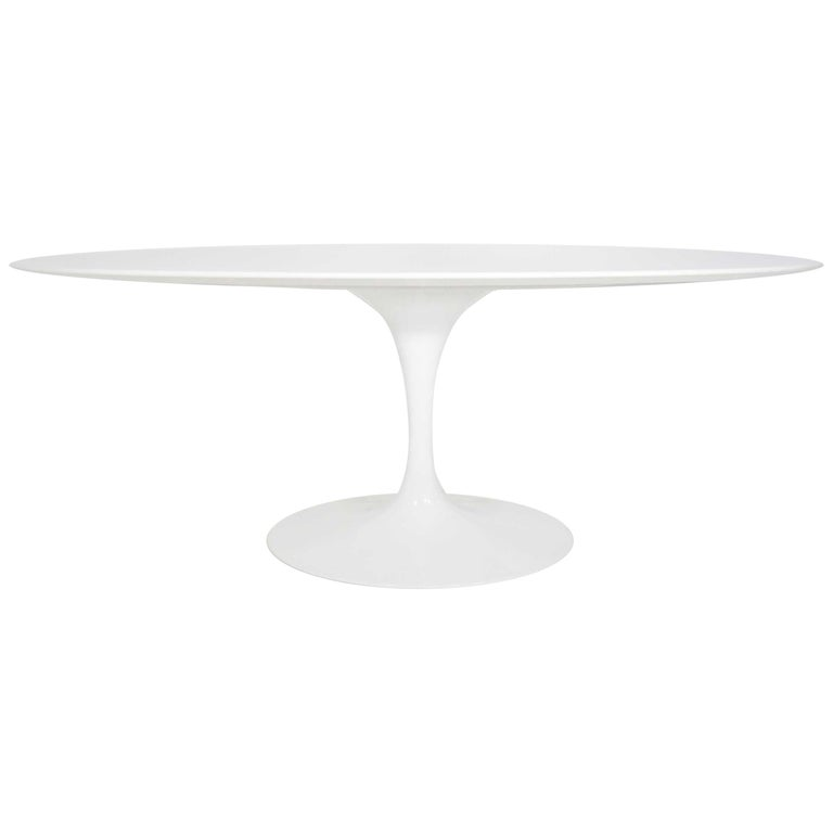 Eero Saarinen for Knoll Oval Tulip Table