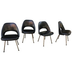 Saarinen for Knoll Set of 4 Chairs with Original Bronze Finish Legs