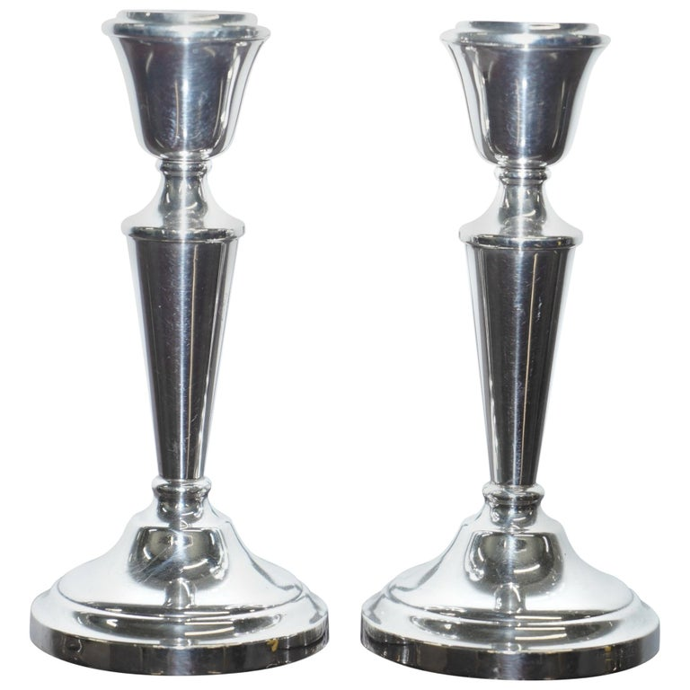 Pair of Lovely Queen Elizabeth ii Sterling Silver Candlesticks, Birmingham, 1972