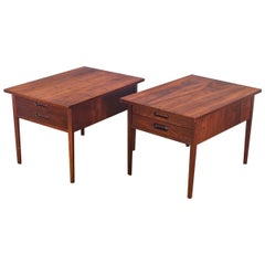 Jack Cartwright Pair of Midcentury Walnut End Tables for Founders
