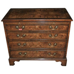 Early 19th Century Walnut Chest of Drawers