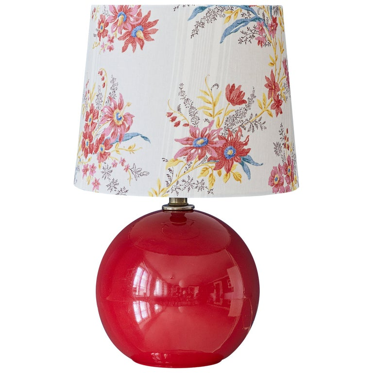 Vintage Red Table Lamp For Sale