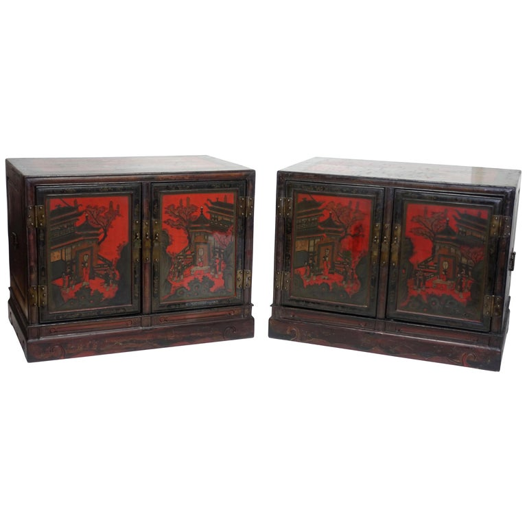 Pair of Chinese Lacquer Robe Cabinets, Qing Dynasty, circa 1840 For Sale