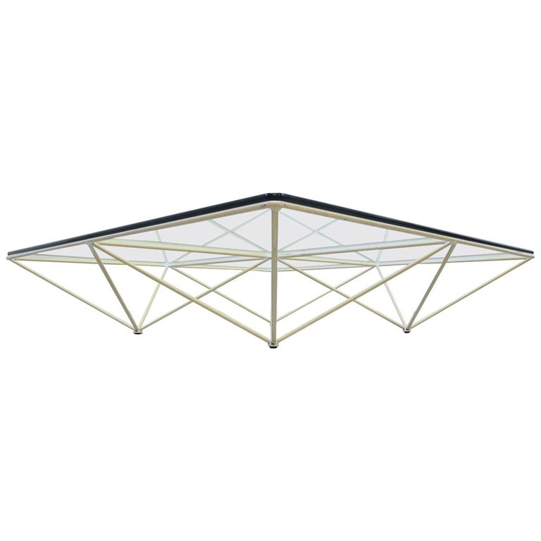 Minimalistic Paolo Piva 'Alanda' White Glass Coffee Table for B&B Italia, 1980s