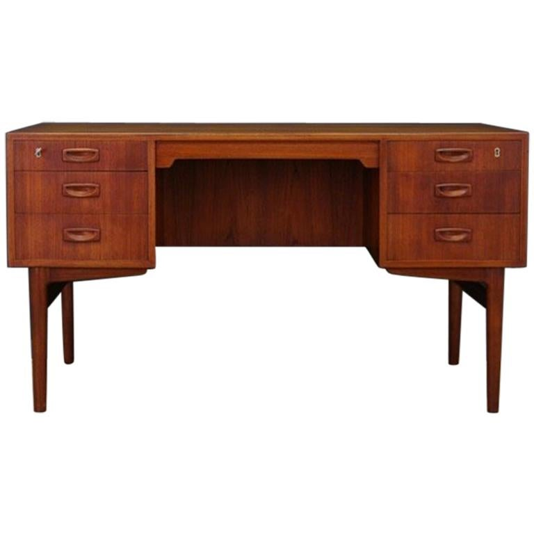 Writing Desk Classic Teak Retro 1960-1970 Vintage
