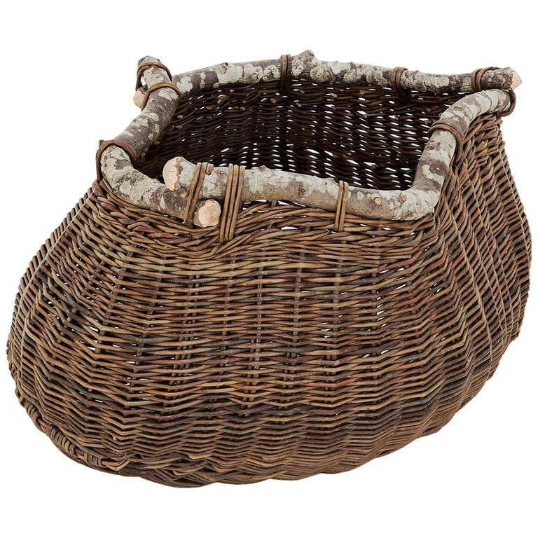 Crafted Basket by Joe Hogan, Irland 2009 For Sale