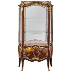 Louis XV Style Vitrine with Vernis Martin Panels by François Linke, circa 1900