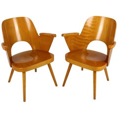 Wooden Armchairs by Lubomír Hofmann for Ton, 1961, Set of 2
