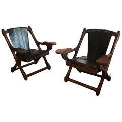 Pair of Swinger Lounge Chairs by Don Shoemaker