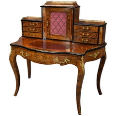 Mid-19th Century Fine Quality Burr Walnut Bonheur de Jour in the French Style