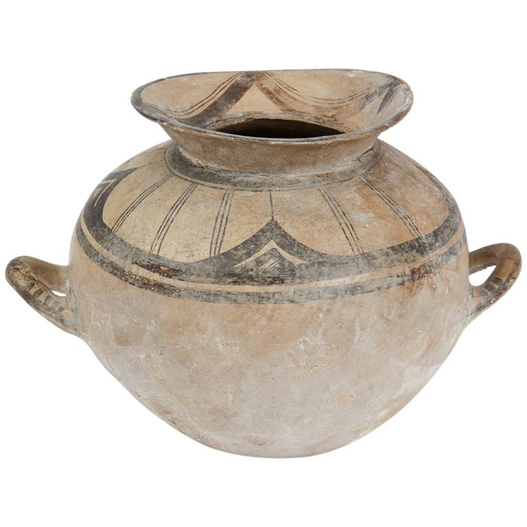 Ancient Daunian Vessel, 6th-5th Century BC, Apulia, Italy For Sale