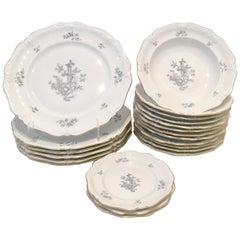 """1930s German Porcelain """"Le Reine"""" by Eschenbach Set of 21 Pieces"""