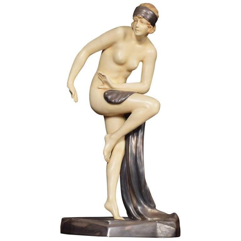 Royal Dux Art Deco Flapper Girl