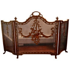 Royal 19th Century Louis XVI Style Gilt Brass Fireplace Screen, France, 1800s
