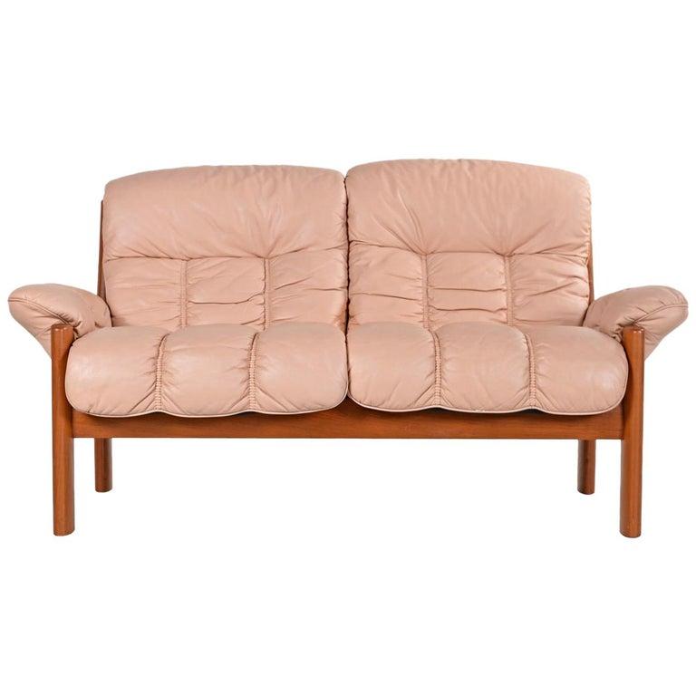 Awe Inspiring Stressless Ekornes Montana Solid Teak Loveseat Sofa In Pale Rose Leather Download Free Architecture Designs Grimeyleaguecom