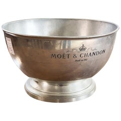 Suaglass Moet & Chandon OA1710 in Silver Zinc of French Origin, 1910