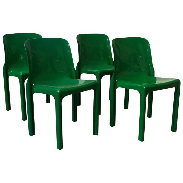 1969, Vico Magistretti for Artemide, Set of Four Green Selene Chairs For Sale