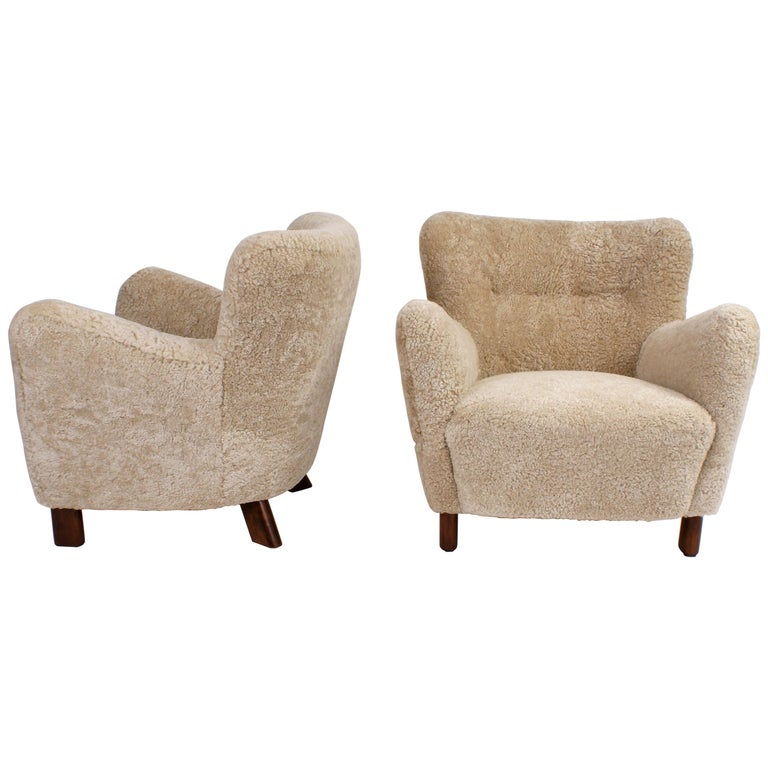 Fritz Hansen Pair of Easy Chairs, Model 1669, 1930s