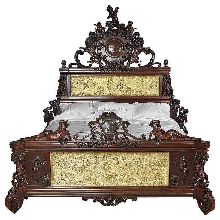 Exhibition Austrian Neo-Baroque Carved Mahogany Bed, circa 1890 For Sale