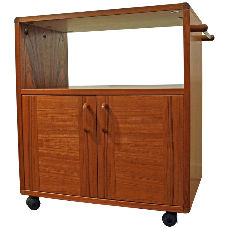 Midcentury Danish Modern Teak Server Tea/Bar Cart