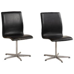 Arne Jacobsen Leather Oxford Chairs by Fritz Hansen, Denmark, circa 1960