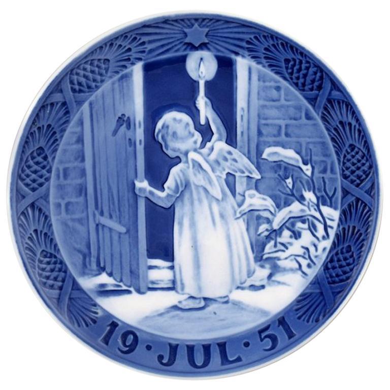 royal copenhagen christmas plate from 1951 - Royal Copenhagen Christmas Plates