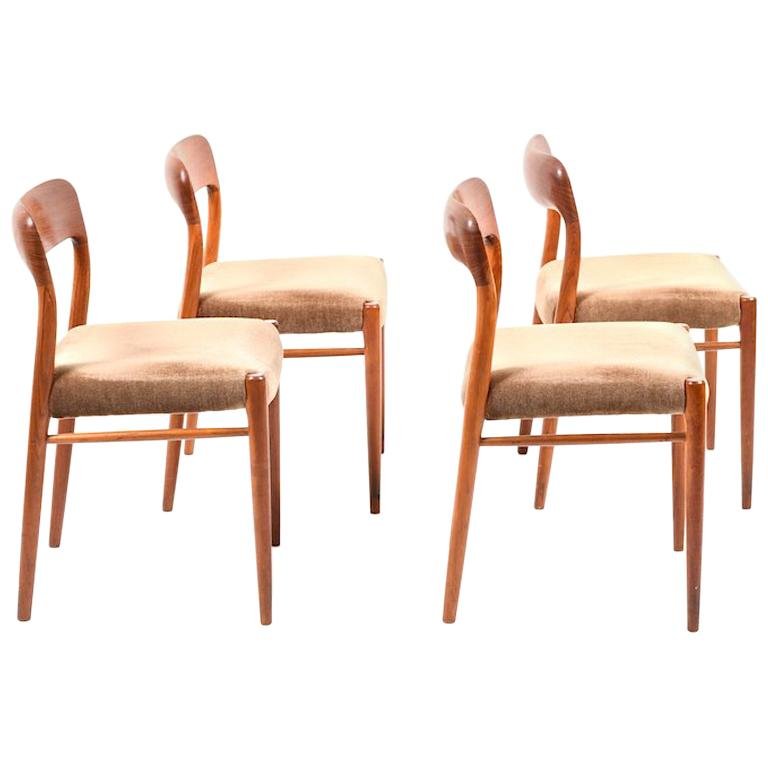 Set of 4 Dining Chairs by Niels O. Moller, Model 75, Denmark, 1960s