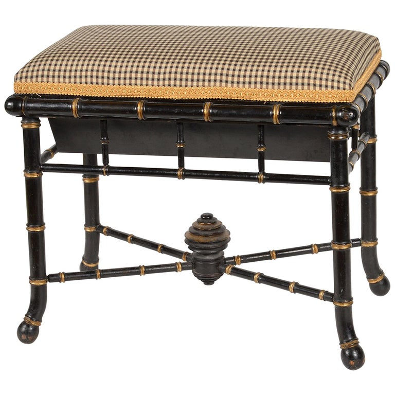 English Regency Style Faux Bamboo Paint and Parcel-Gilt Storage Bench For Sale