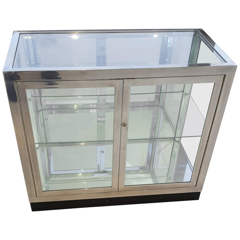 Pair of Pace Collection Low Vitrines or Cabinets For Sale