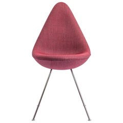 Drop Chair by Arne Jacobsen
