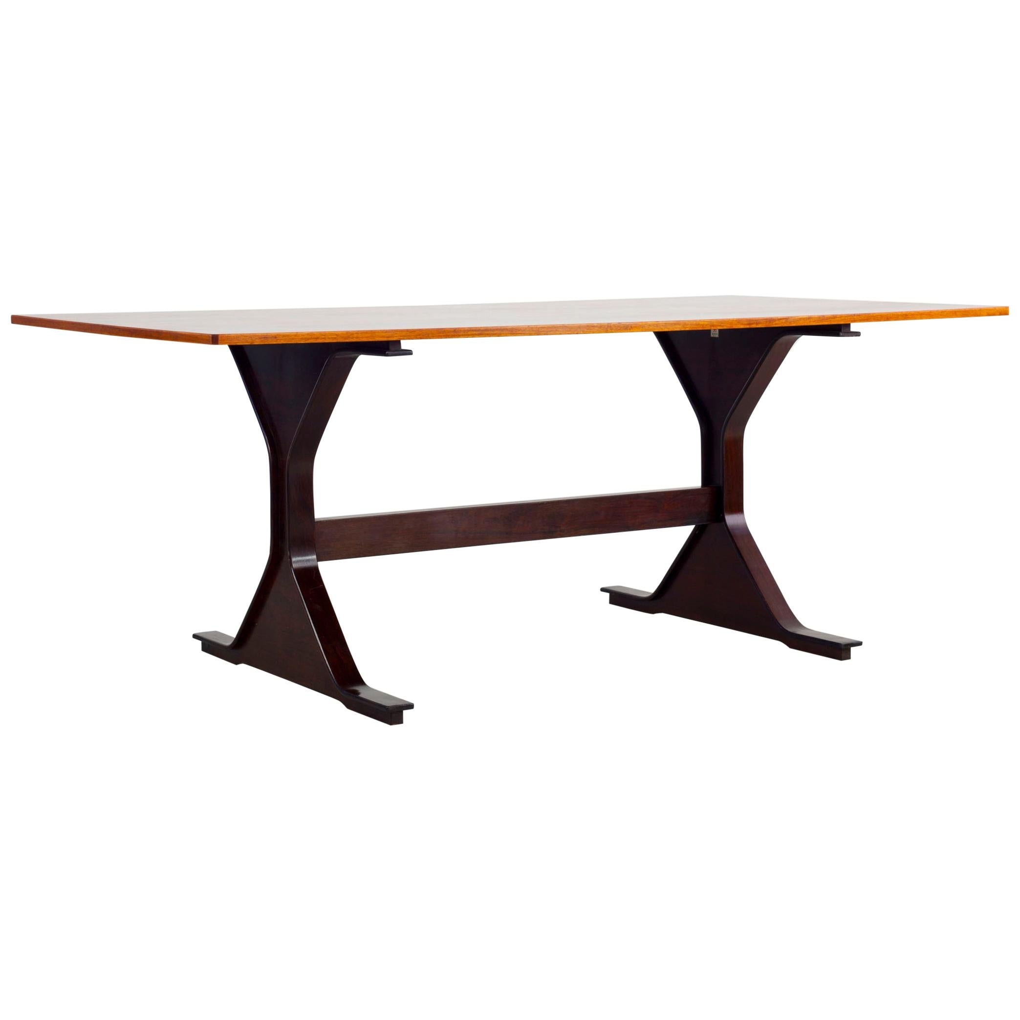 """""""Model 522"""" Table Design by Gianfranco Frattini, Made by Bernini, Italy"""