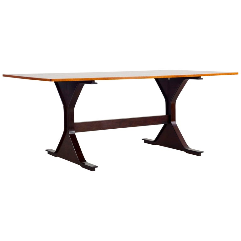 """""""Model 522"""" Table Design by Gianfranco Frattini, Made by Bernini, Italy For Sale"""