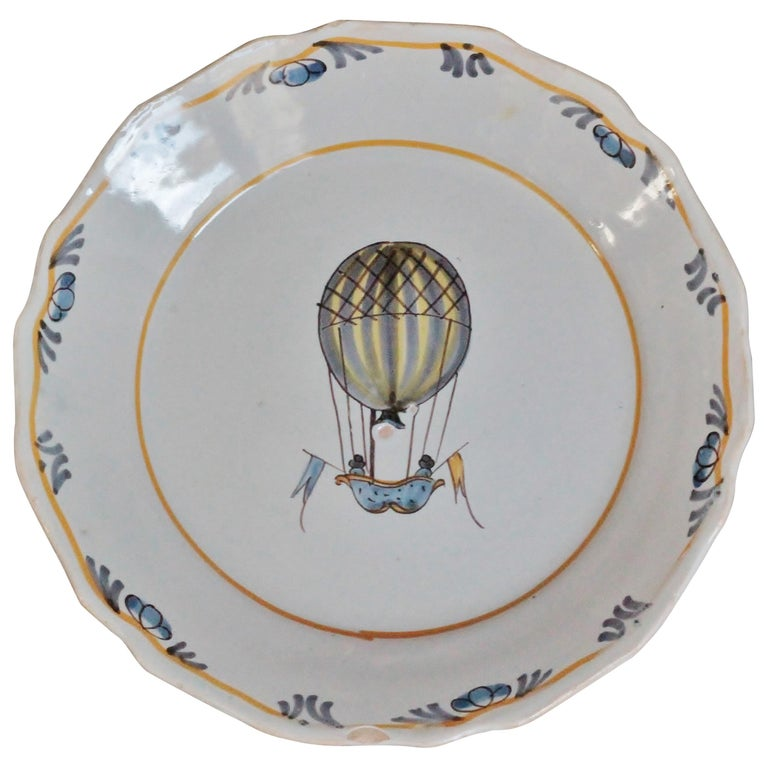 """Nevers 'France' Faience Plate with """"Balloon"""" Decoration, 18th Century"""