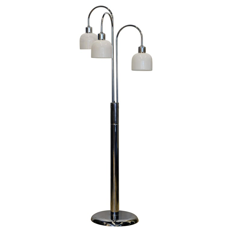 Midcentury Robert Sonneman Style Chrome Waterfall Floor Lamp with Glass Shades For Sale