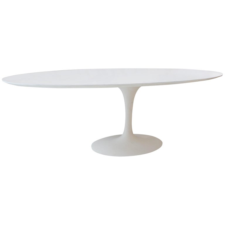 Vintage Elliptical Eero Saarinen Tulip Dining Table for Knoll