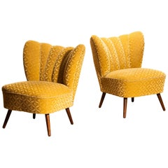 Set of Two Golden Velvet Jacquard Swedish Cocktail Chairs or Easy Chairs, 1930