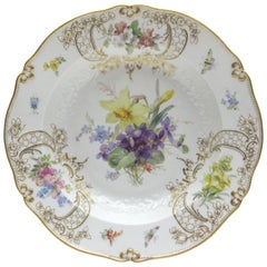 Meissen Porcelain Dinner Plate with Fine Insects, Gold and Flower Painting N2