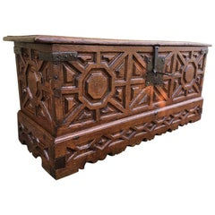 Large Carved Oak Plank Trunk from the Basque Country, Spain, circa 1750