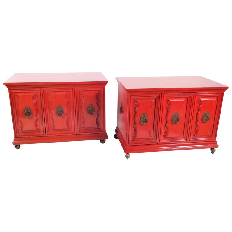 Hollywood Regency Red Lacquer Bedside Tables by Weiman For Sale