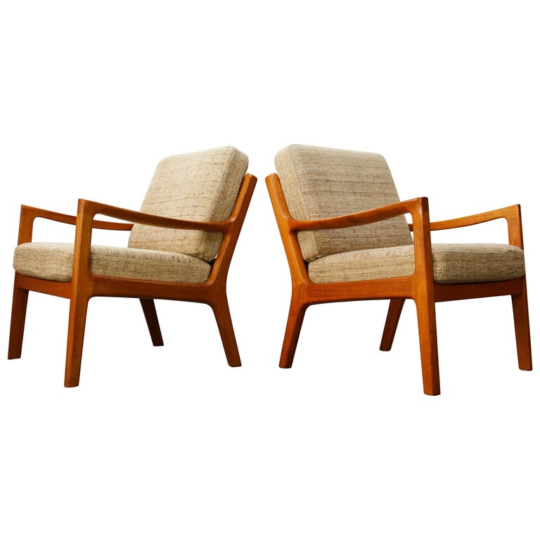 Pair of Ole Wanscher Senator Lounge Chairs in Teak White Wool P. Jeppesen, 1950s